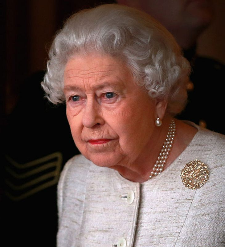Queen Elizabeth: Große Sorge um die Königin!