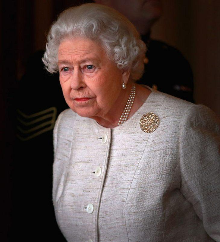 Queen Elizabeth: Tränenausbruch! Darum weinte die Königin