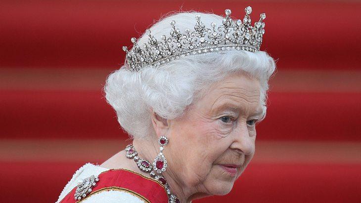 Queen Elizabeth II. macht eine harte Zeit durch