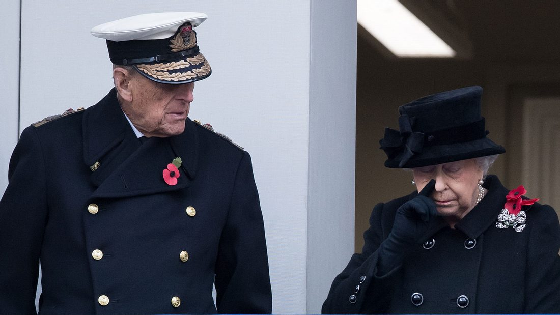Queen Elizabeth II.: Große Sorge um Prinz Philip!