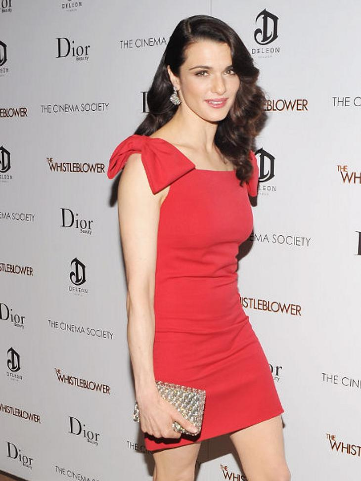 Star-Trend: SchleifeNa, wo ist die Schleife? Die ziert die Schulter von Schauspielerin Rachel Weisz - irgendwie raffiniert.,