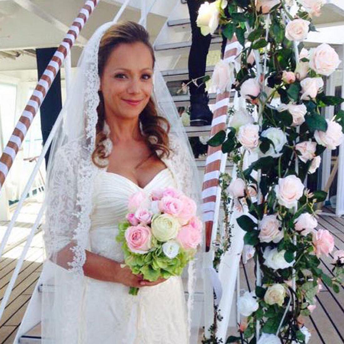Radost Bokel im Brautkleid