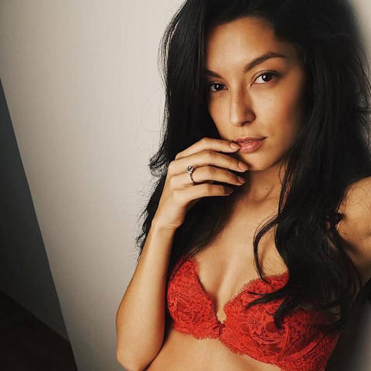 Rebecca Mir zeigt sich nackt im Netz