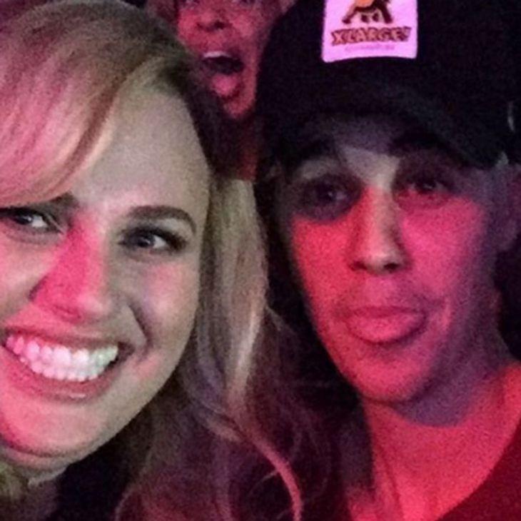 Rebel will mit Justin ausgehen