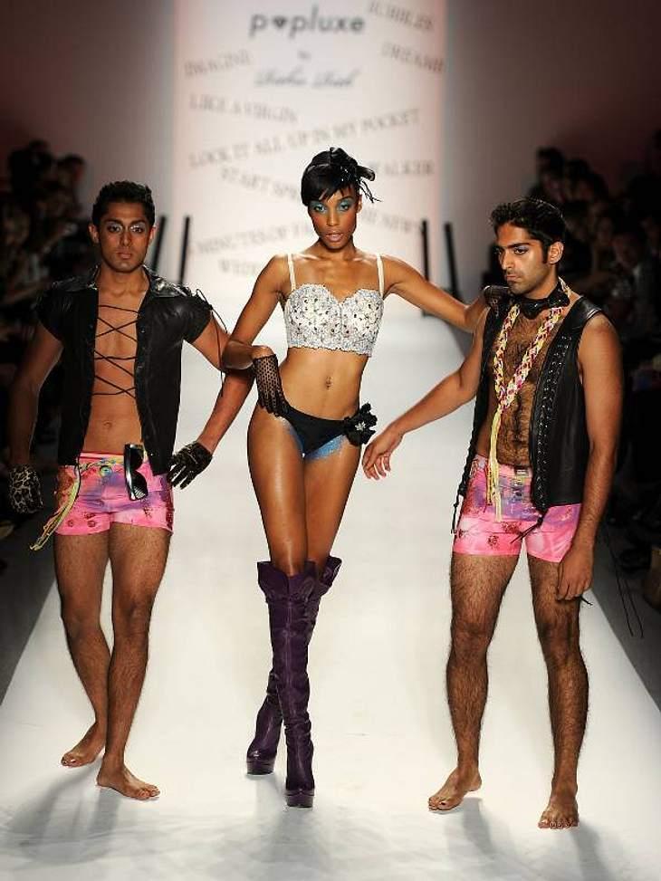 Sexy ging es bei Richie Rich zur Sache - was bei den männlichen Models eher fragwürdig aussah.