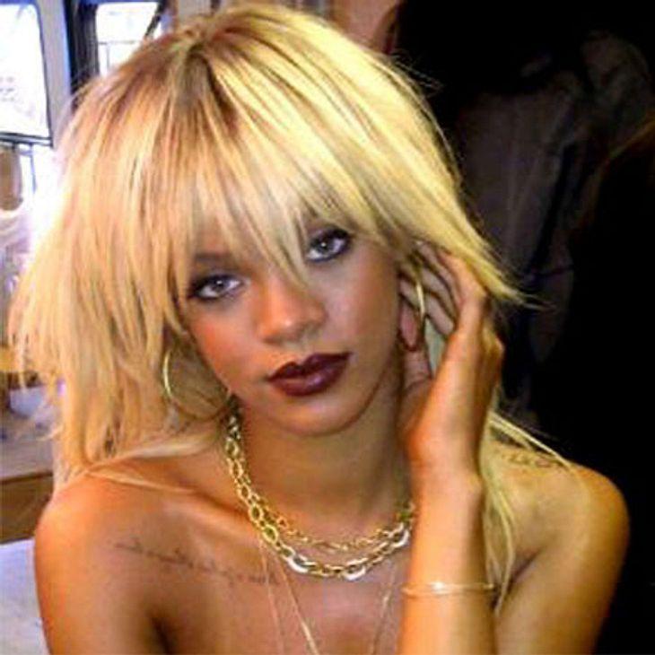 Rihanna hatte wohl schon jede Haarfarbe, die es gibt. Momentan ist sie wieder einmal blond.