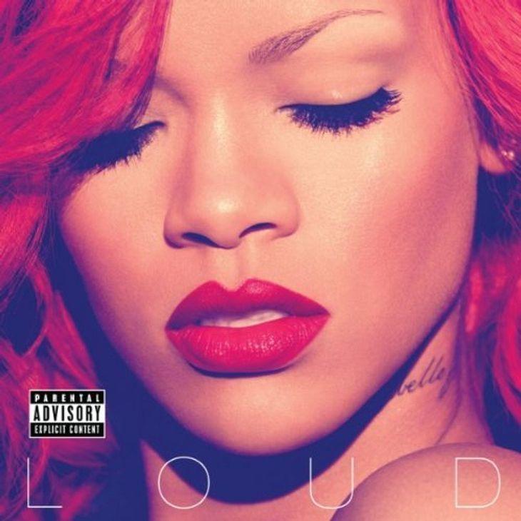 """Rihanna - """"S&M""""Das meint die WUNDERWEIB.de-Redaktion: """"Rihanna mit """"S&M""""  Der Song ist so heiß, dass er in England umbenannt und das Video in elf Ländern verboten wurde: Grund genug, wenigstens der heißen St"""
