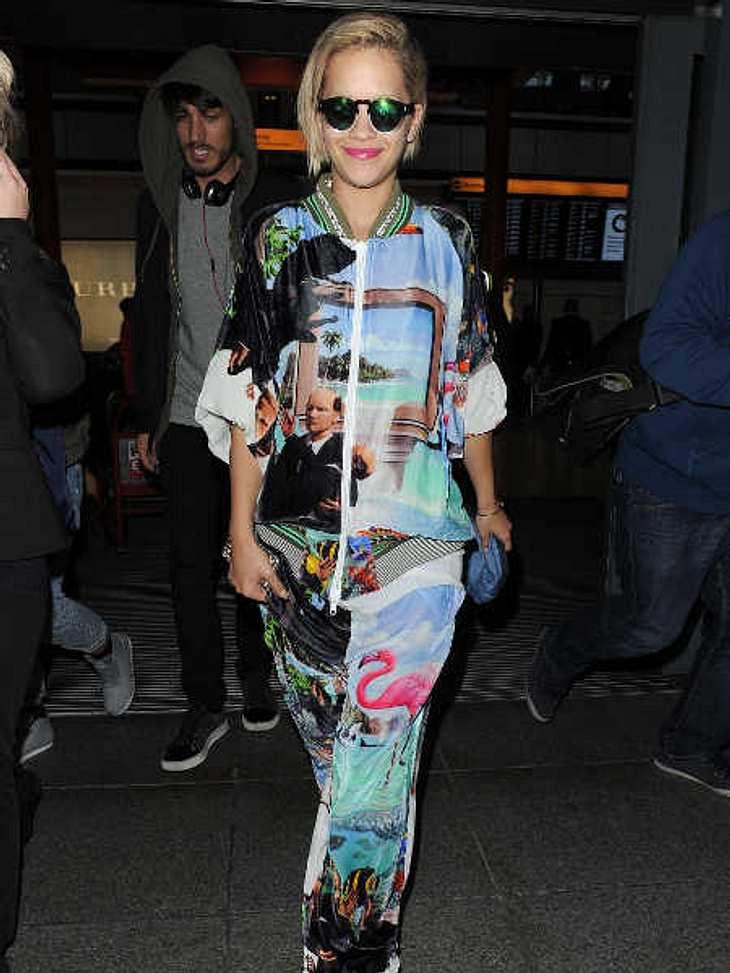 Rita Ora präsentiert: Das Outfit des Grauens!