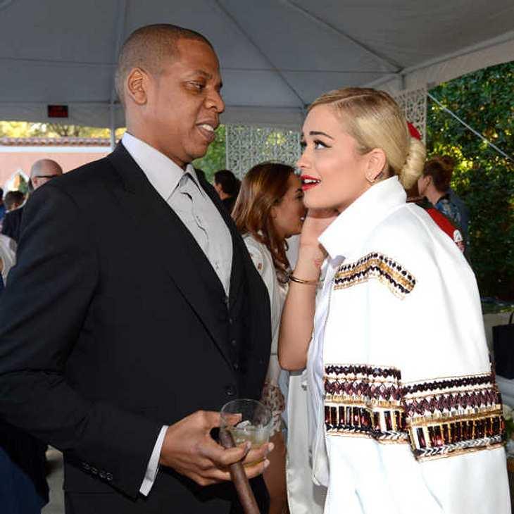 Rita Ora verklagt Jay Z