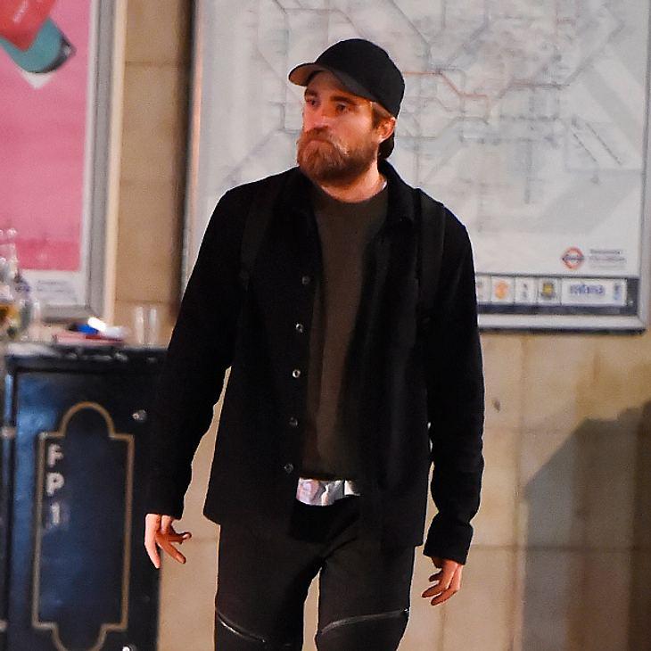 Robert Pattinson mit Vollbart
