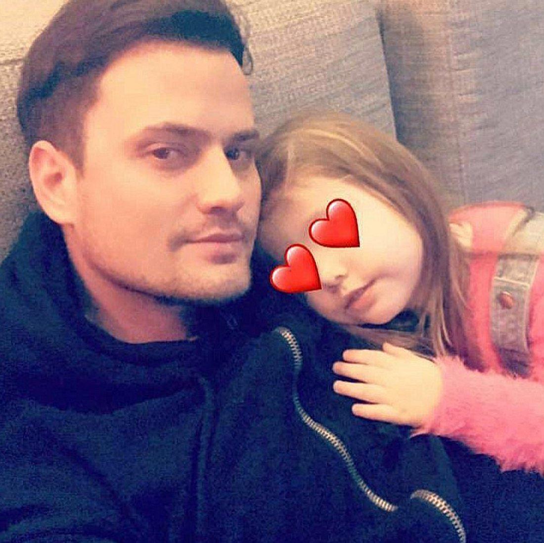 Rocco Stark gratuliert seiner Tochter zum Geburtstag