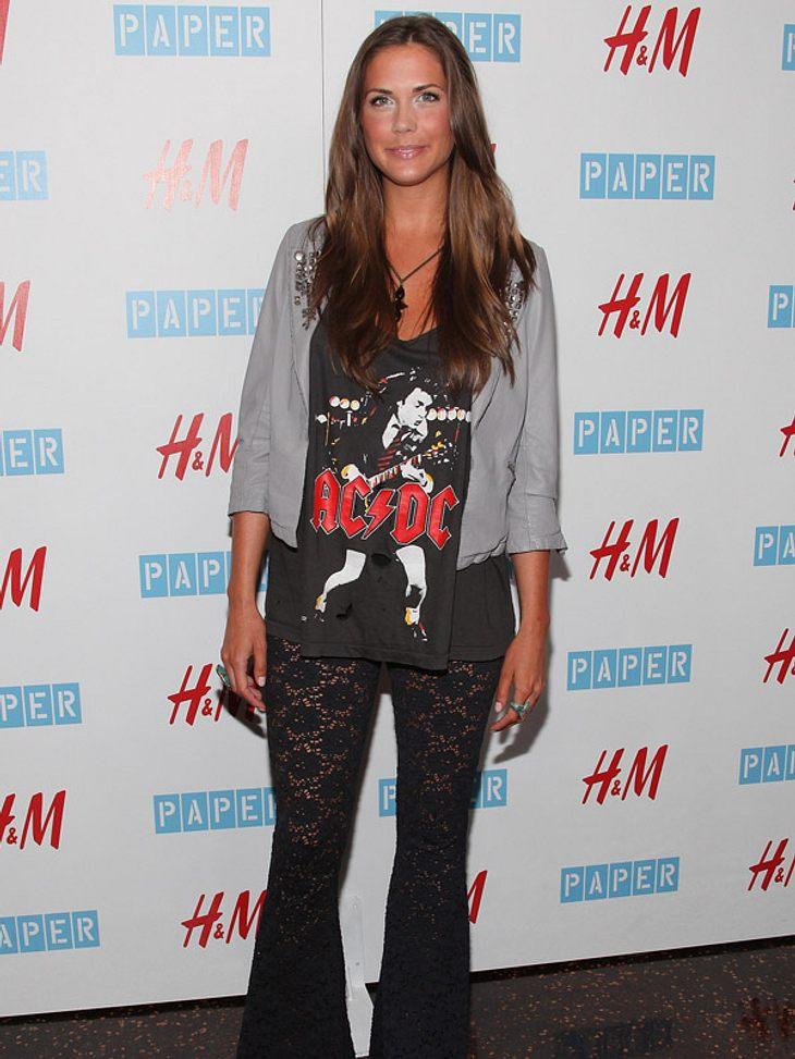 """Der Rockstar-NachwuchsDie kennen wir doch? Erin Lucas (25) ist nicht nur Rockstar-Tochter von AC/DC-Cliff Williams (60), sie moderiert, modelt und tauchte an der Seite von Whitney Port in der MTV-Serie """"The City"""" auf."""