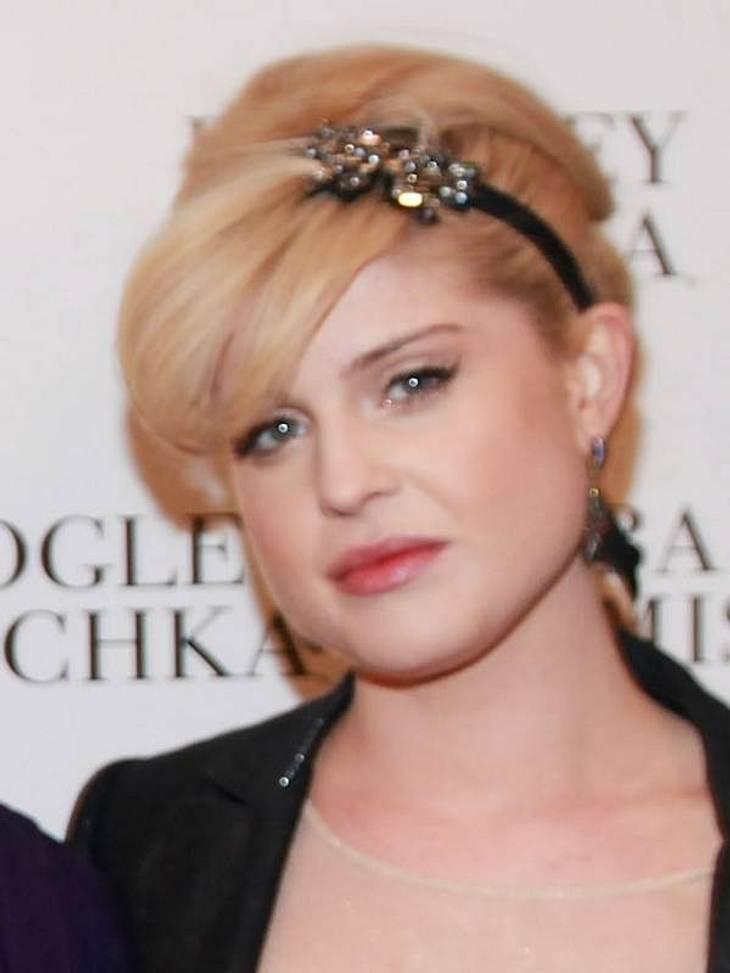 Diese Star-Frisuren sind TrendSelbst  Kelly Osbourne lässt sich frisurentechnisch von anderen Jahrzehnten inspirieren.