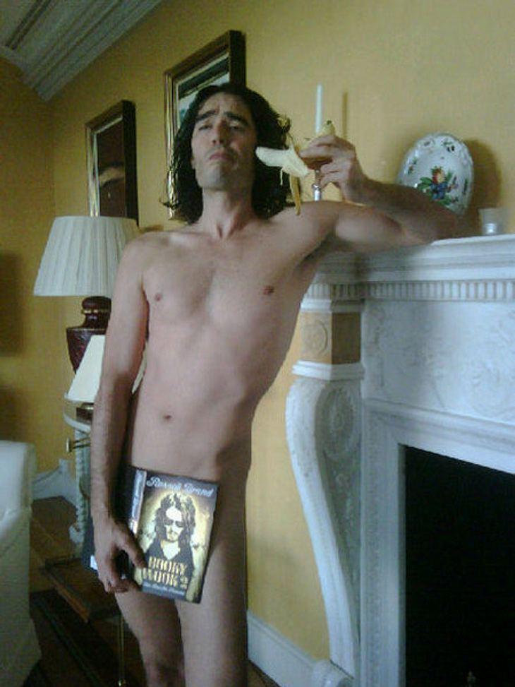 Die Twitter-Fotos der StarsDas trägt Russell Brand (36) also, wenn er zu Hause ist! Ziemlich hot!