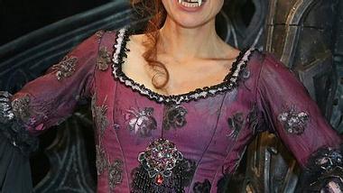 Ruth Moschner mutiert zum Vampir