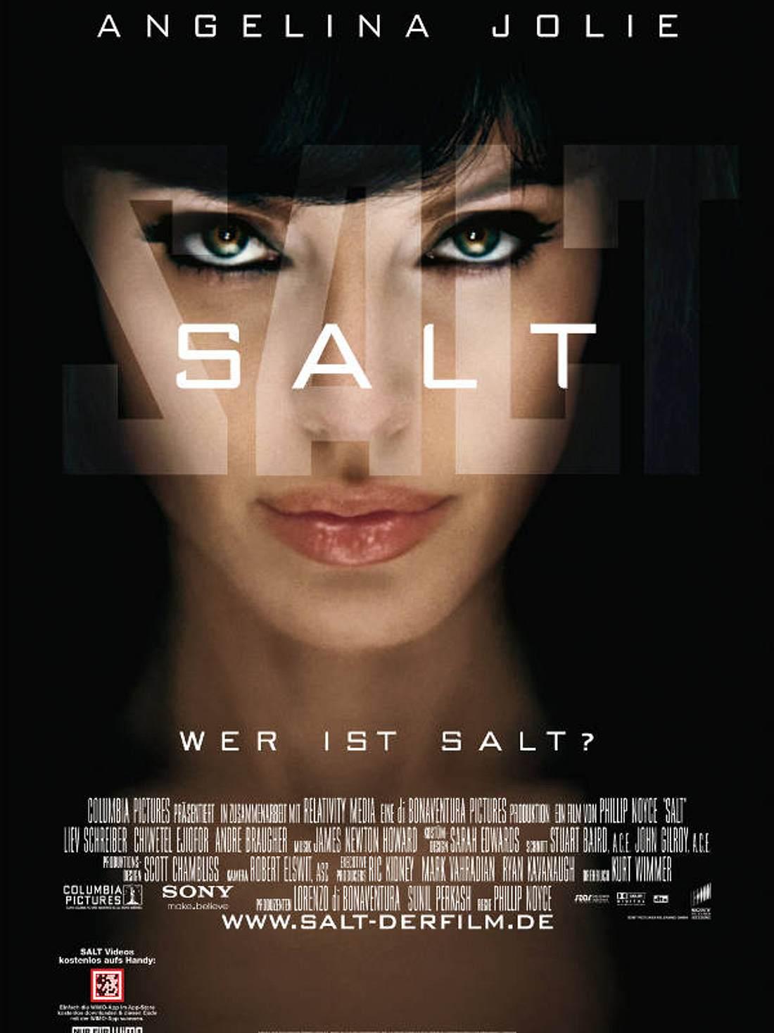 """Heiß, heißer, Angelina Jolie! In ihrer neuen Rolle """"Salt"""". Ab 19. August im Kino"""