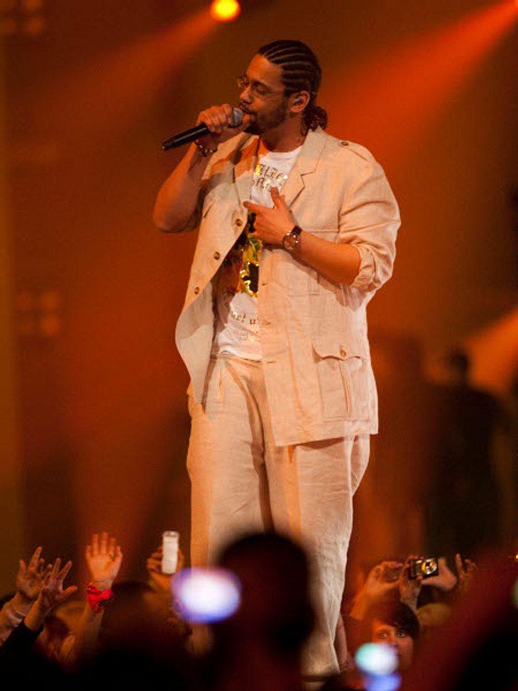 """Samy Deluxe: Die schönsten BilderSamy Deluxe bei seinem Auftritt bei """"The Dome"""" in Hannover (2009)."""
