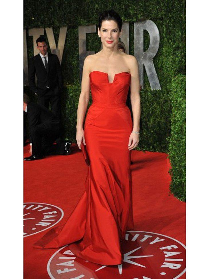 Modesünden der StarsSo eine Modesünde würde Sandra Bullock heute nicht mehr passieren. Dafür sorgen Stylisten und modische Reife.