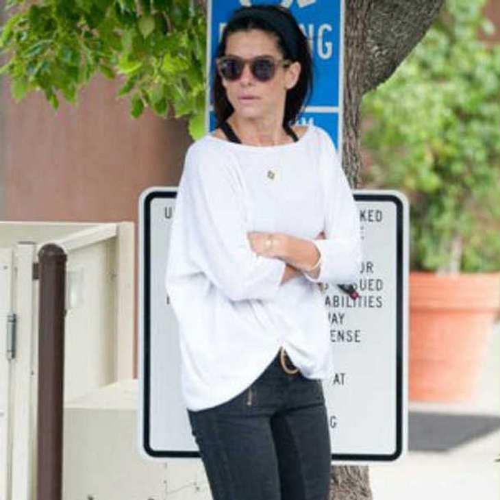Sandra Bullock verschanzte sich vor irrem Stalker im Schrank!