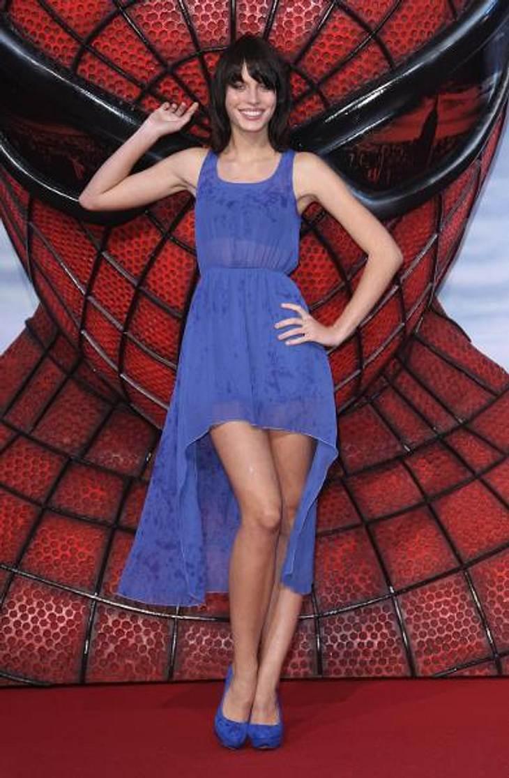 """Sarah-Anessa Hintzschke schritt bei der """"Spiderman""""-Premiere über den roten Teppich"""