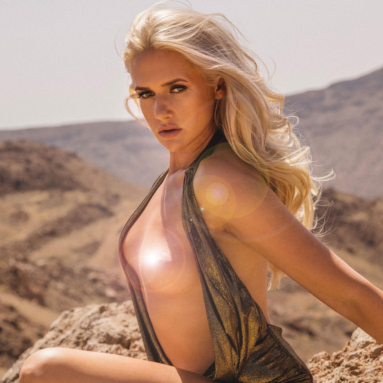 Knappik  nackt Sarah Promi Big