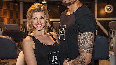 Sarah Nowak und Dominic Harrison - Foto: John Reed