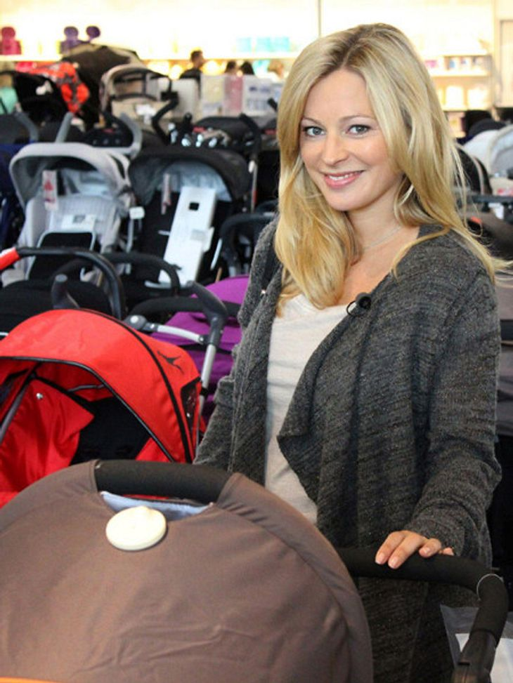 Unter Uns-Sarah Stork: Hurra, hurra, das Baby ist da!
