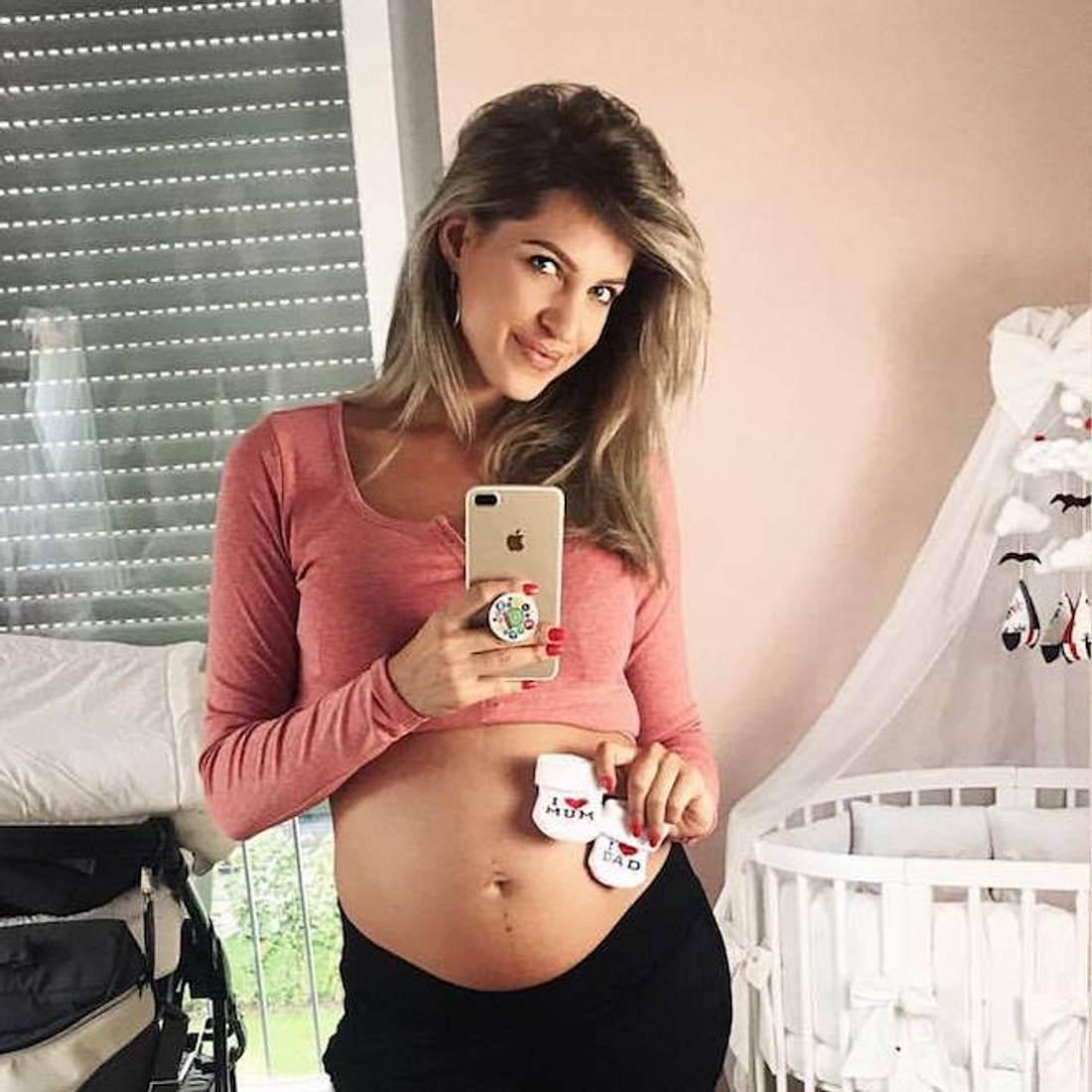 Sarah Nowak: Sie verrät den Babynamen!