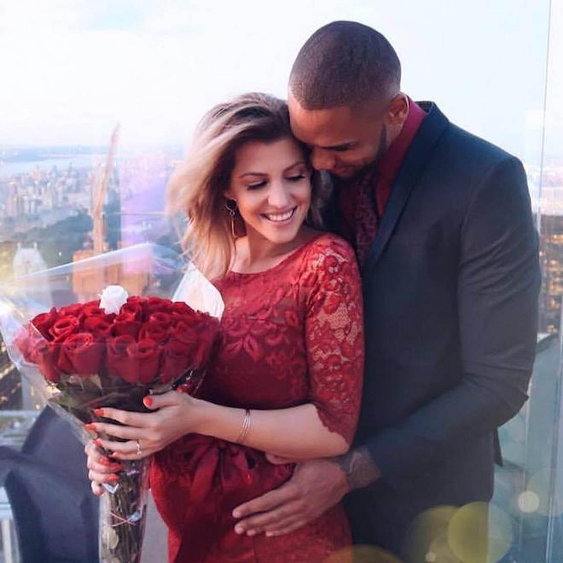 Sie sagen Ja! Sarah Nowak & Dominic haben sich verlobt
