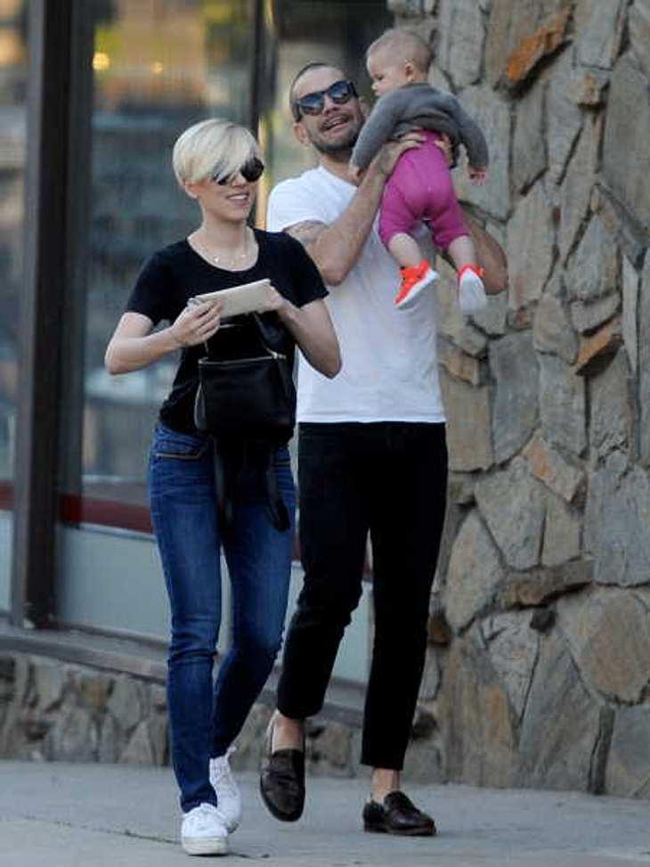 Scarlett Johansson mit ihrer Familie.