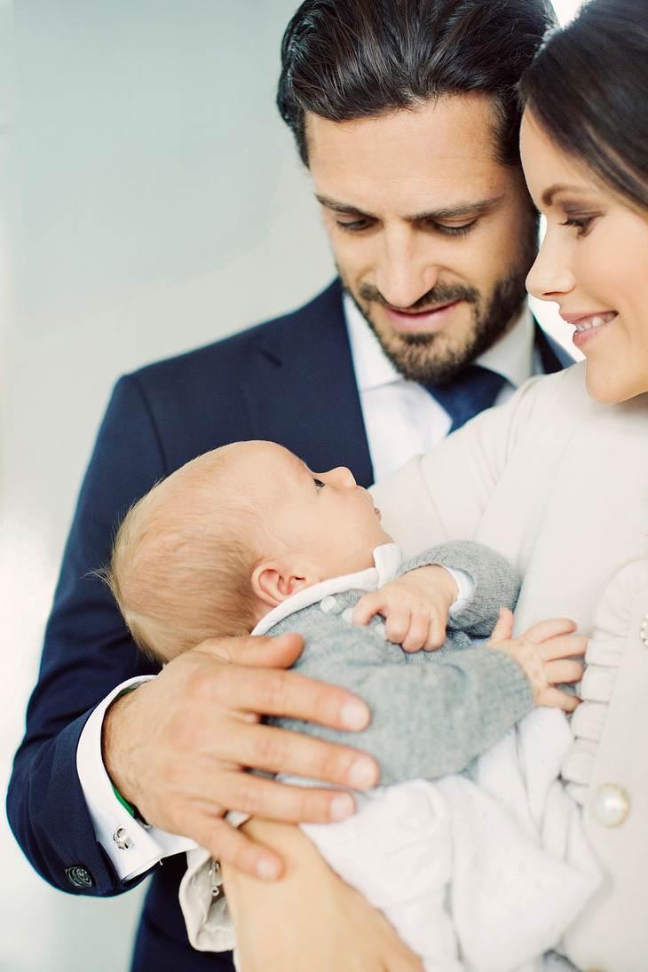 Carl Philip und Sofia mit Baby Gabiel