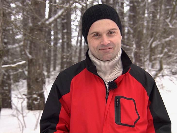 Schwiegertochter gesucht 2013 - Stefan (44)Stefan aus Thüringen liebt nicht nur Schlagermusik, auch Antiquitäten und Frauen, die sich für eben diese beiden Leidenschaften begeistern können. Wenn sie dann auch noch kinderlieb ist, hat sie se
