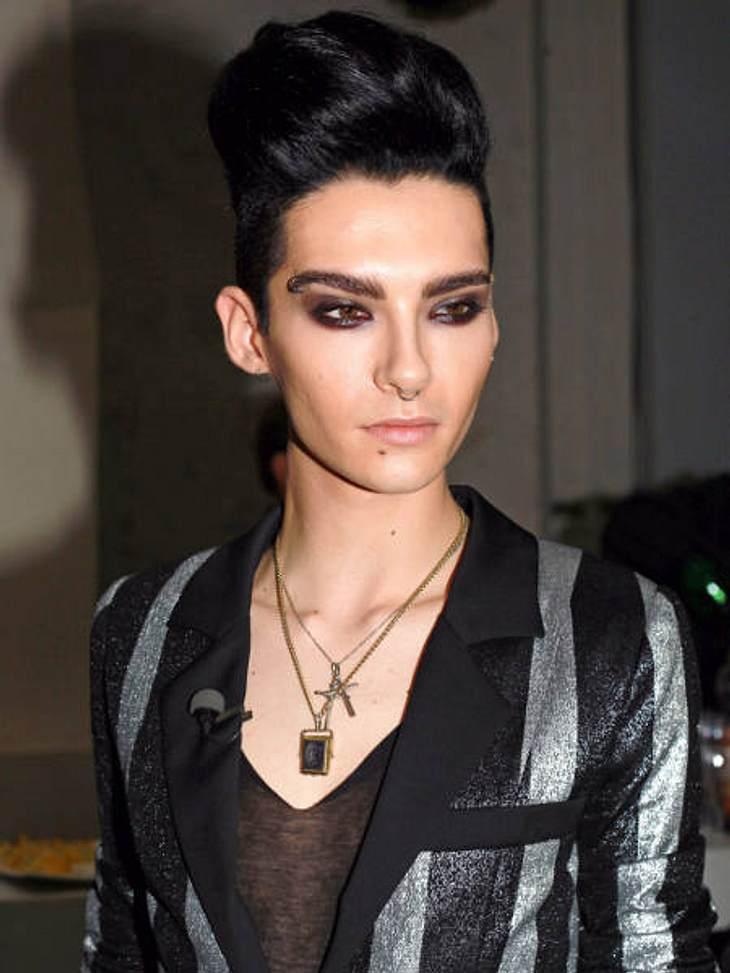 Mädels aufgepasst: Diese Promis sind angeblich schwul,Keine Frage! Bill Kaulitz (22) hat einen außergewöhnlichen Stil: perfekt lackierte Fingernägel, hautenge Latexklamotten, auftoupierte Haare und ein makelloses Make-up - bei solch einem A