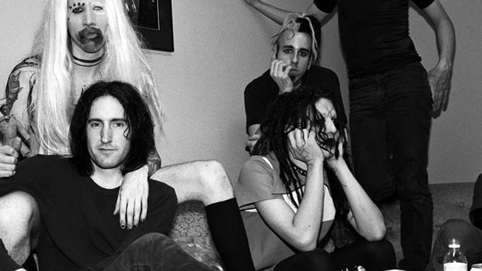 Rockstar Scott Putesky alias Daisy Berkowitz ist tot (rechts hinten) - Foto: Getty Images