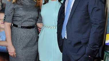 Selena Gomez hat ihre Eltern entlassen. - Foto: Getty Images