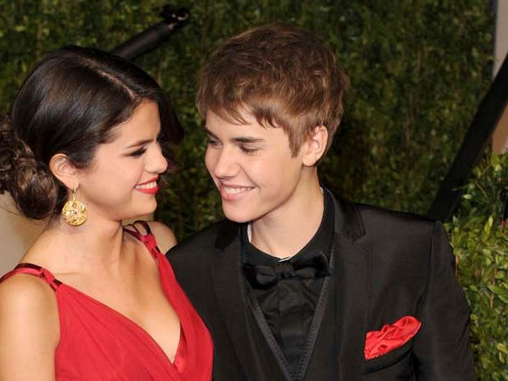 Zwischen Justin Bieber & Selena Gomez herrscht Krieg.