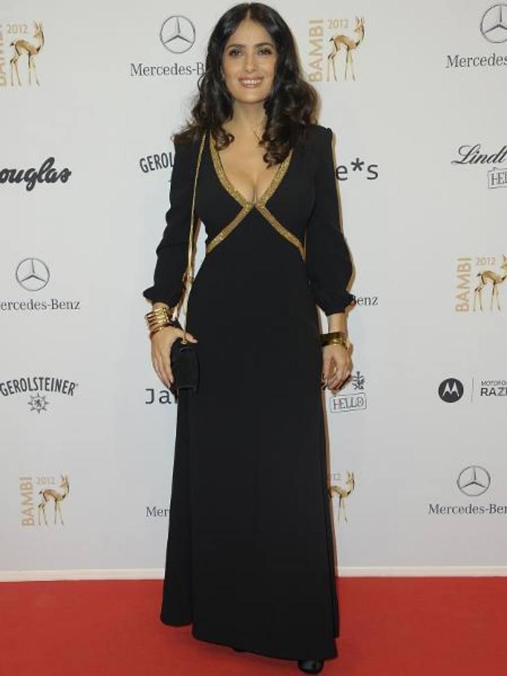 Bambi 2012 - Die Looks der StarsDer Star-Gast des Abends war Selma Hayek (46), die in der schwarzen Robe mit tiefem Dekolleté Hollywood-Glamour auf den roten Teppich brachte.