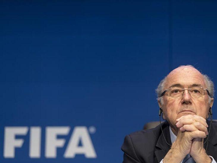 Rücktritt von Sepp Blatter: So reagieren die Promis