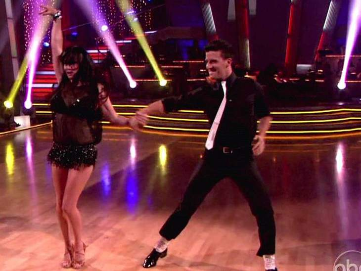 """Dancing with the Stars: Dieses Promis rocken Auch Superzicke  Shannen Doherty (""""Beverly Hills 90210"""") war bei """"Dancing with the Stars"""" mit von der Party."""