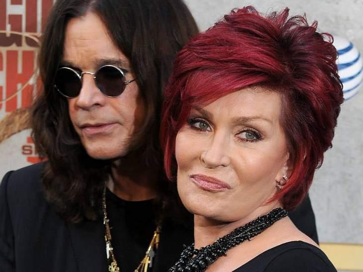 Auch nachdem bei Sharon Osbourne Dickdarm-Krebs festgestellt wurde, dreht MTV die Osbourne-Show weiter. Der Krebs breitete sich 2002 noch auf die Lymphe aus. Obwohl es nur eine Überlebenschance von 33 Prozent gab, besiegte sie den Krebs. Zw