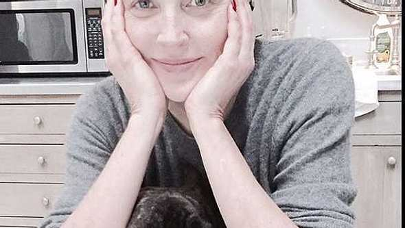 Sharon Stone. Ungeschminkt auf Instagram! - Foto: instagram.com/sharonstone