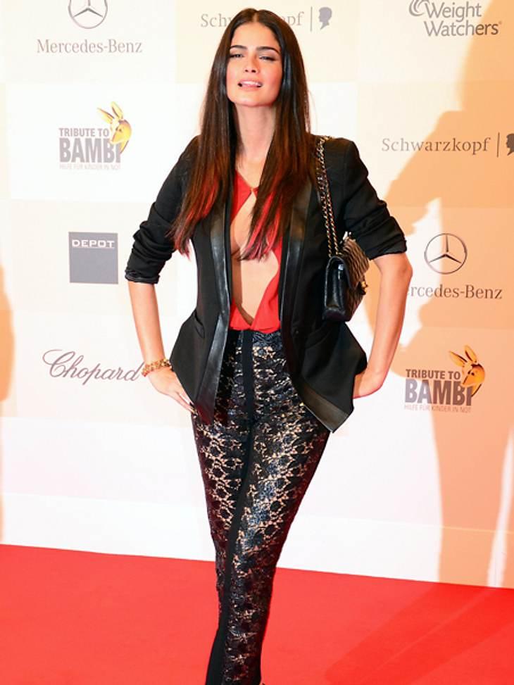 Tribute to Bambi 2012 - Der Look der StarsShermine Shahrivar (30) ließ tiiiiiiiiief blicken.