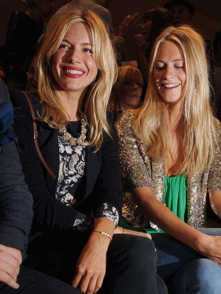 ,Sienna Miller hat ihre Schwester Savannah mit zur Fashion Week genommen.