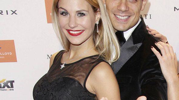 Silva Gonzalez und Stefanie Schanzleh bekommen ein Baby - Foto: imago