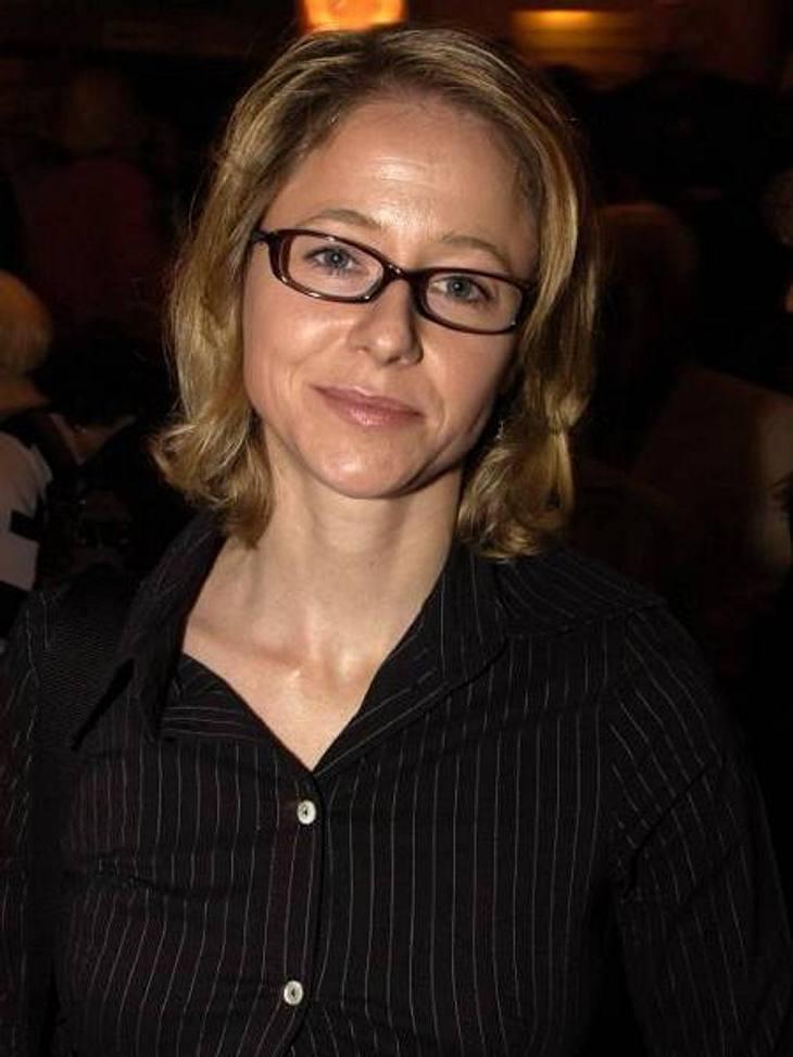"""Die Todesfälle 2012Der dramatische Absturz eines Kindesstars: Schauspielerin Silvia Seidel (†42) nahm sich Anfang August in ihrer Münchner Wohnung das Leben. In der 80er Jahren wurde Silvia Seidel durch die ZDF-Serie """"Anna"""" berühm"""