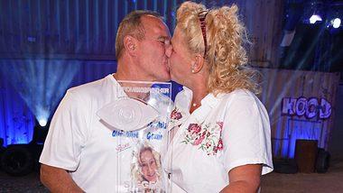 Silvia Wollny mit Harald nach Sieg bei Promi-Big-Brother - Foto: Wenn