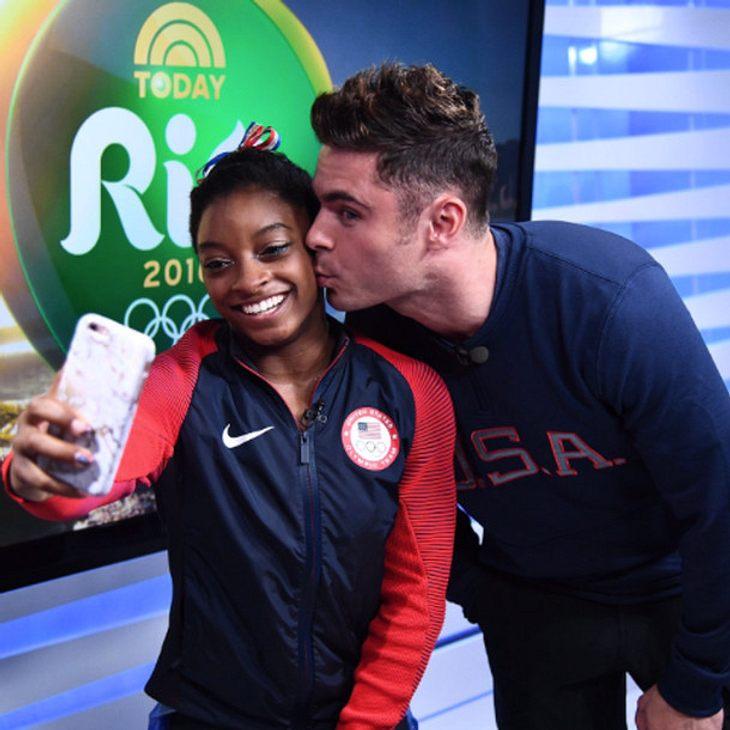 Zac Efron geht mit der Olympia-Turnerin Simone Biles auf Tuchfühlung