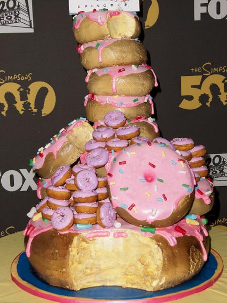 Stars ♥ Torte!Auch nicht ganz reale Personen bekommen Torten. Wie hier die Simpsons zur 500. Episode.