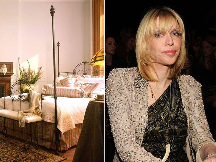 """Die Randale & Skandale der Stars""""Hotel The Inn at Irving Place"""" in New York City  Verwüstung eines RockstarsAuch das Boutique-Hotel The Inn at Irving Place in Manhattan bekam im Jahr 2004 die ganze Wucht schlechter Promi-Manie"""
