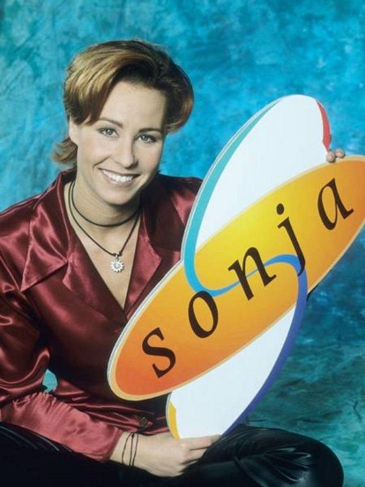 """Die Talkshow-Moderatoren der 90erJa, """"Dschungelcamp""""-Moderatorin Sonja Zietlow hatte in den 90ern eine Talkshow! """"Sonja"""" lief 1997 bis 2001. Heute ist sie bei RTL eine gefragte Moderatorin. Die Shows """"Der Schwächste"""